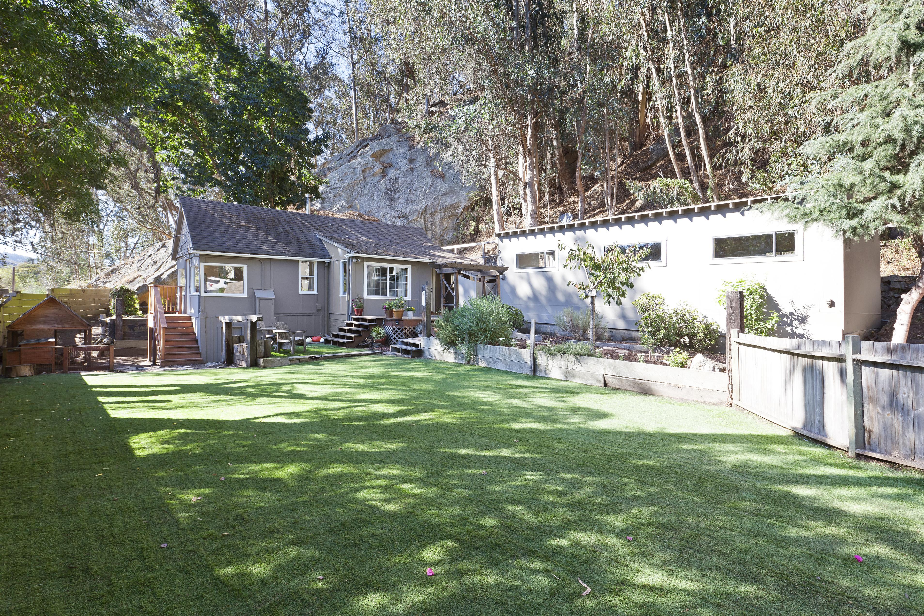 11880 San Mateo Road